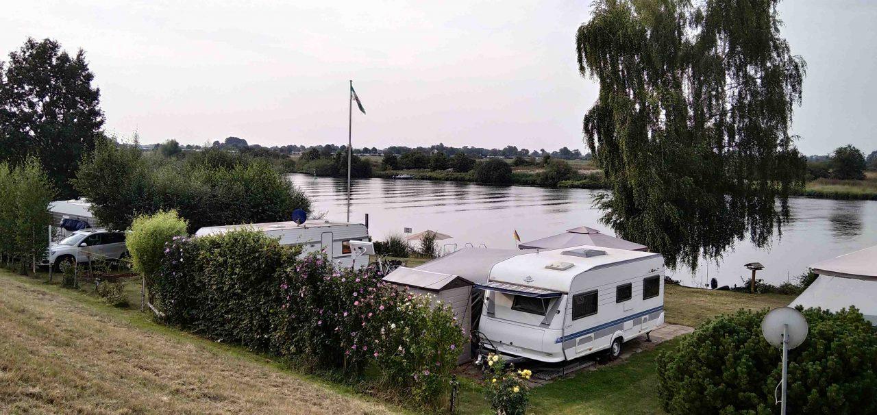 BB Camping direkt an der Weser: naturnah und idyllisch