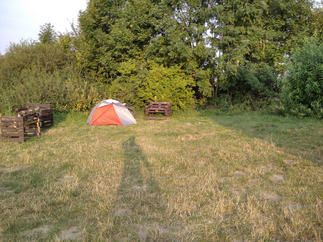 Zeltwiese Weser-Camping-Bollen
